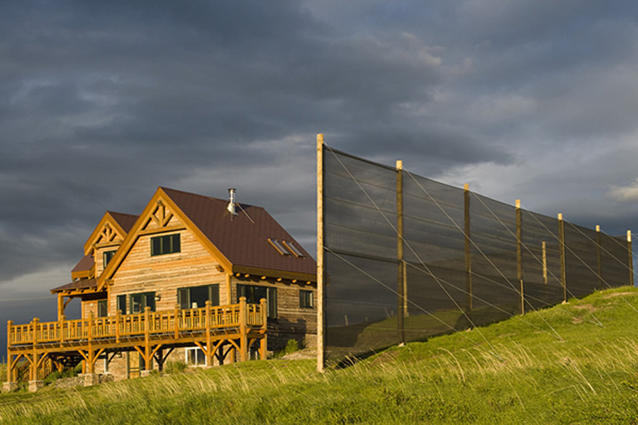 farm-wind-fence-case-study-wind-and-sun-protection